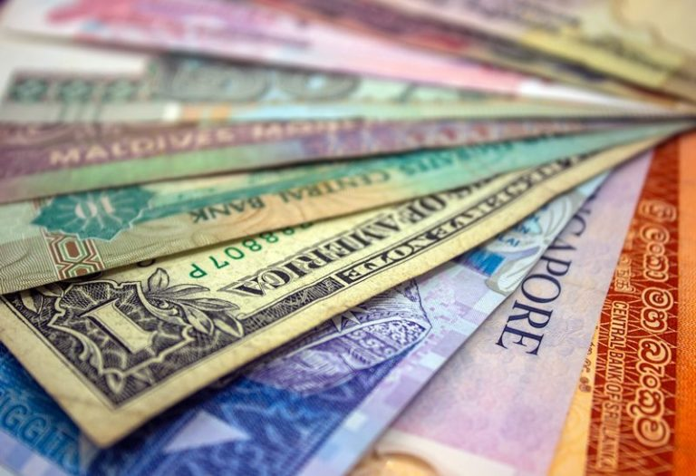 What holds South Africans back from investing offshore?
